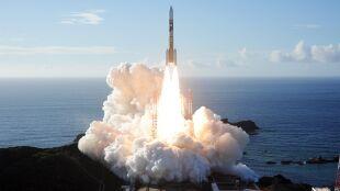 """""""Nadzieja"""" w końcu wystartowała. Pierwsza arabska sonda leci na Marsa"""
